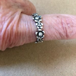 Pandora silver ring with crystals